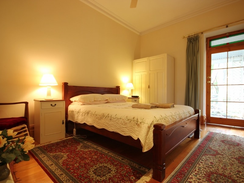 Huon Room - Bch Pic 15_16
